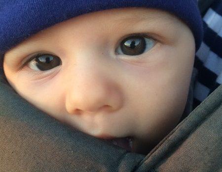 Cu-n bebeluș în Grecia, octombrie 2016
